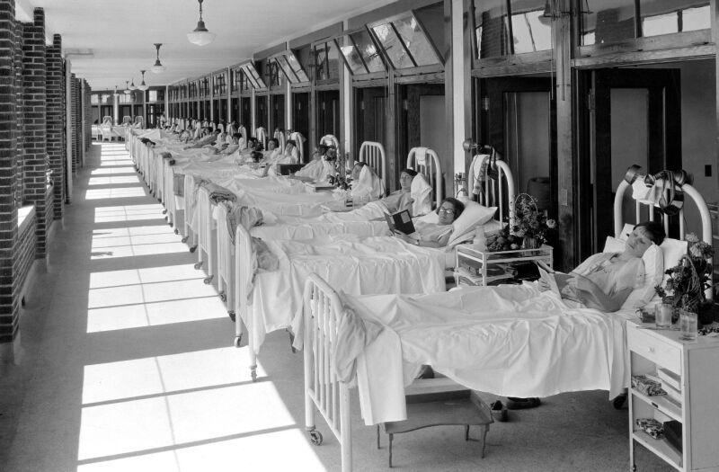 Le sanatorium de Waverly Hills PL-WAVERLEY-HILLS-SANATORIUM-PATIENTS